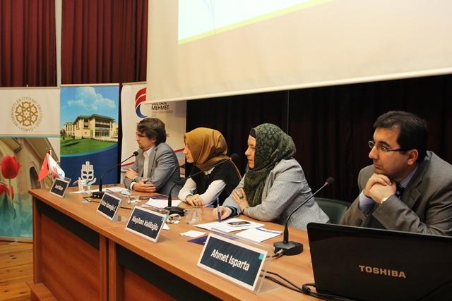 http://medit.fatihsultan.edu.tr/resimler/upload/Direnen-Meal-Mehmet-Akif-Meali-Uluslararasi-Sempozyumu-Yapildi-20120413.jpg