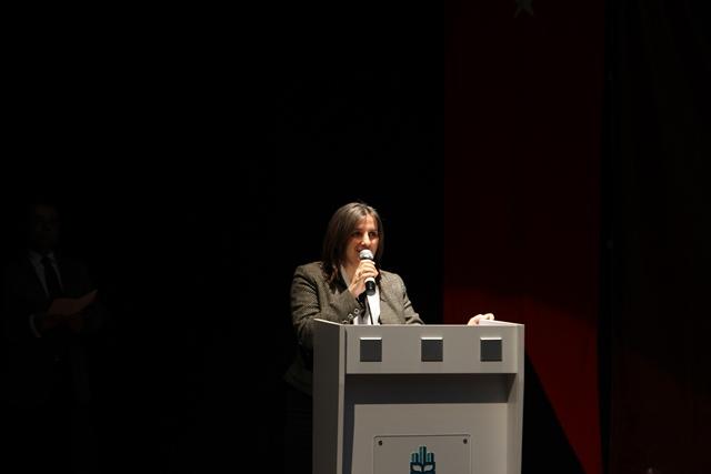 http://medit.fatihsultan.edu.tr/resimler/upload/Direnen-Meal-Mehmet-Akif-Meali-Uluslararasi-Sempozyumu-Yapildi-2120413.jpg
