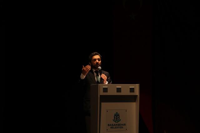 http://medit.fatihsultan.edu.tr/resimler/upload/Direnen-Meal-Mehmet-Akif-Meali-Uluslararasi-Sempozyumu-Yapildi-6120413.jpg