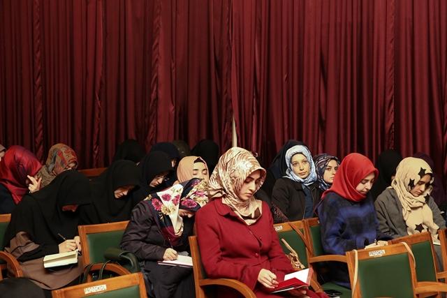 http://medit.fatihsultan.edu.tr/resimler/upload/Evrensel-Insan-Haklari-Islamiyet-te-Bati-dan-Daha-Coktur-4161214.jpg