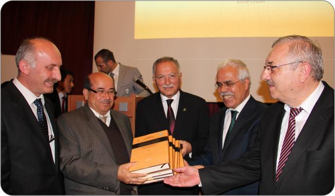 http://medit.fatihsultan.edu.tr/resimler/upload/Prof-Dr-Ekmeleddin-Ihsanoglunun-Yeni-Eserinin-Tanitimi-Yapildi-10-240512.jpg