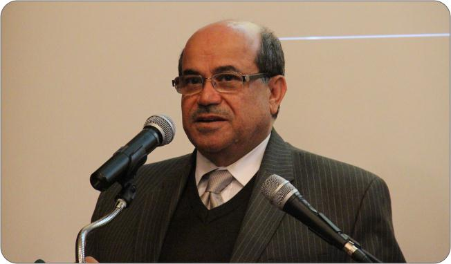 http://medit.fatihsultan.edu.tr/resimler/upload/Prof-Dr-Ekmeleddin-Ihsanoglunun-Yeni-Eserinin-Tanitimi-Yapildi-5-240512.jpg