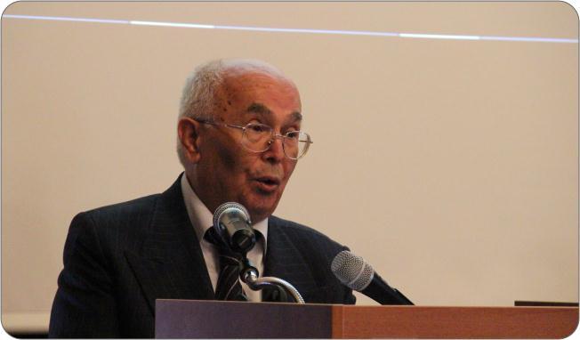 http://medit.fatihsultan.edu.tr/resimler/upload/Prof-Dr-Ekmeleddin-Ihsanoglunun-Yeni-Eserinin-Tanitimi-Yapildi-8-240512.jpg